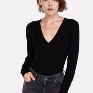 Ribbed Black Fitted Sweater